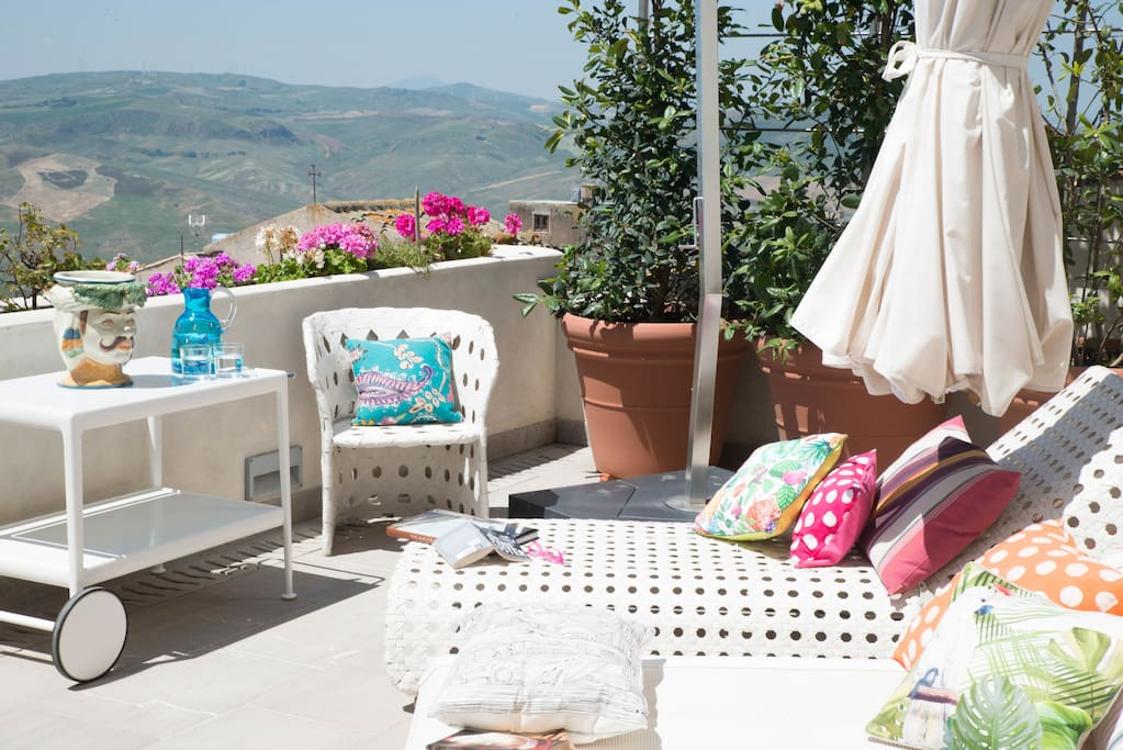 The perfect place to catch some Sicilian sun!