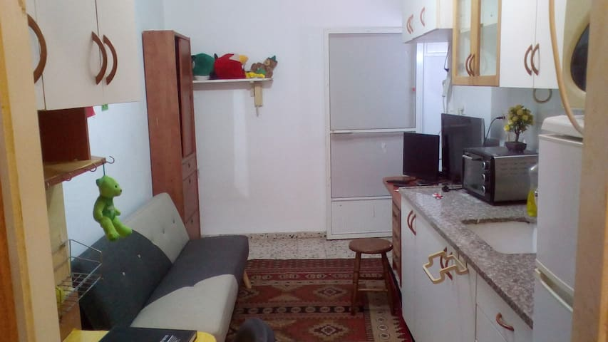 A small apartment 18meter for small price