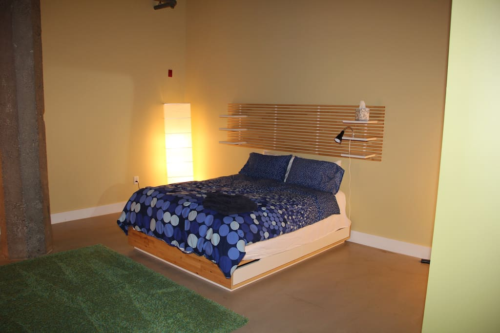 Master Bedroom - with queen foam topped bed