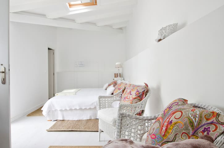 Cosy studio close to the beach - Estoril - House