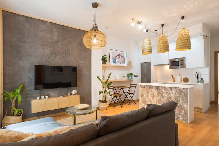 Cozy Apartament in the heart of Málaga with Pool