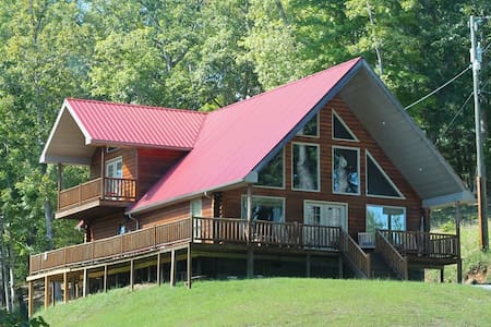 Yatesville Lake Luxury Cabin Rental - Louisa