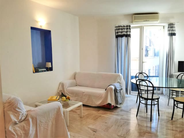 Cozy flat in the ancient heart of Cagliari