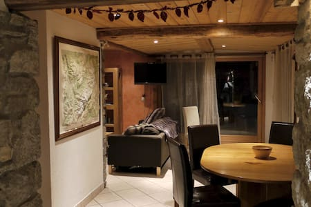 The Top 20 Chalets for Rent in Martigny-Combe - Airbnb, Valais ...
