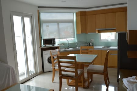 Two bedroom apartment at the center - 芽庄 - 公寓