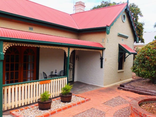 Barossa Valley Bed and Breakfast