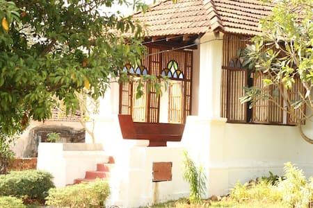 TheOnlyOlive-Goan Colonial Villa, B&B, Aldona - Nord-Goa - Villa