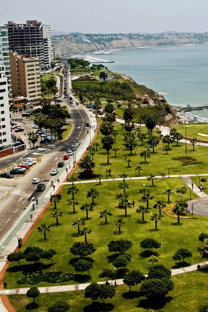 Malecon de la Marina- Miraflores