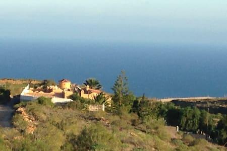 FINCA ARICO  Tenerife-South - Villa de Arico