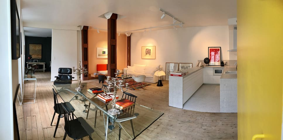 Luxury 80 sqm arty loft walking dist. from Marais