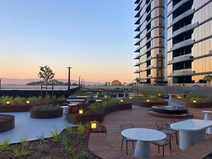 Glen SkyGarden Luxury Apartment-Free carpark