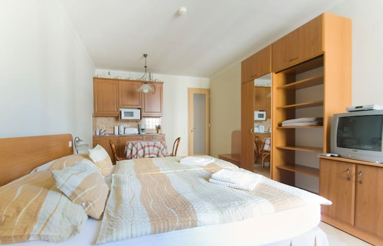 Air-conditioned studio in the city - Boedapest - Appartement