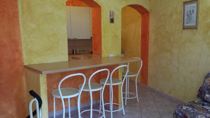 Relax in Sardegna a pochi passi dal mare 10%sconto - Lu Bagnu - Appartamento