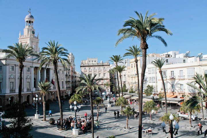 Nice apartment Cádiz Town Hall Square VFT/CA000954