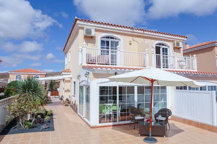 spacious 3 bedroom holiday home on Fuerteventura - Antigua - Dům