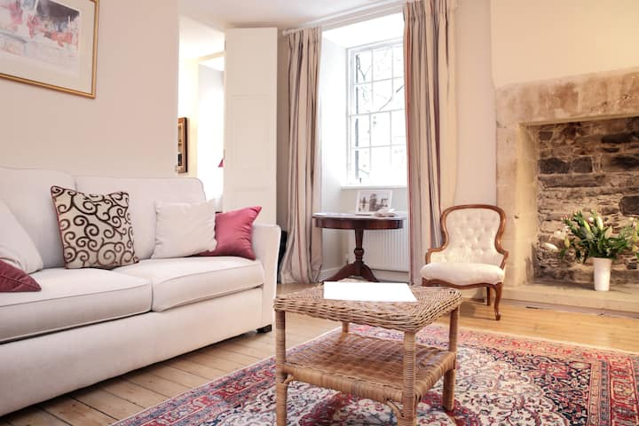 Luxurious apartment by Royal Mile