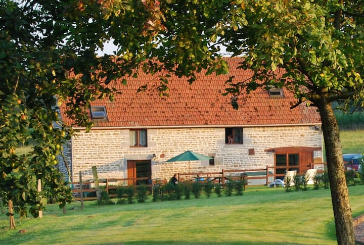 Converted Barn with heated Pool