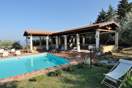 Pool,sea and relax!6 people - Gioiosa Marea