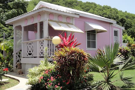 ADORABLE PINKSHACK STUDIO COTTAGE