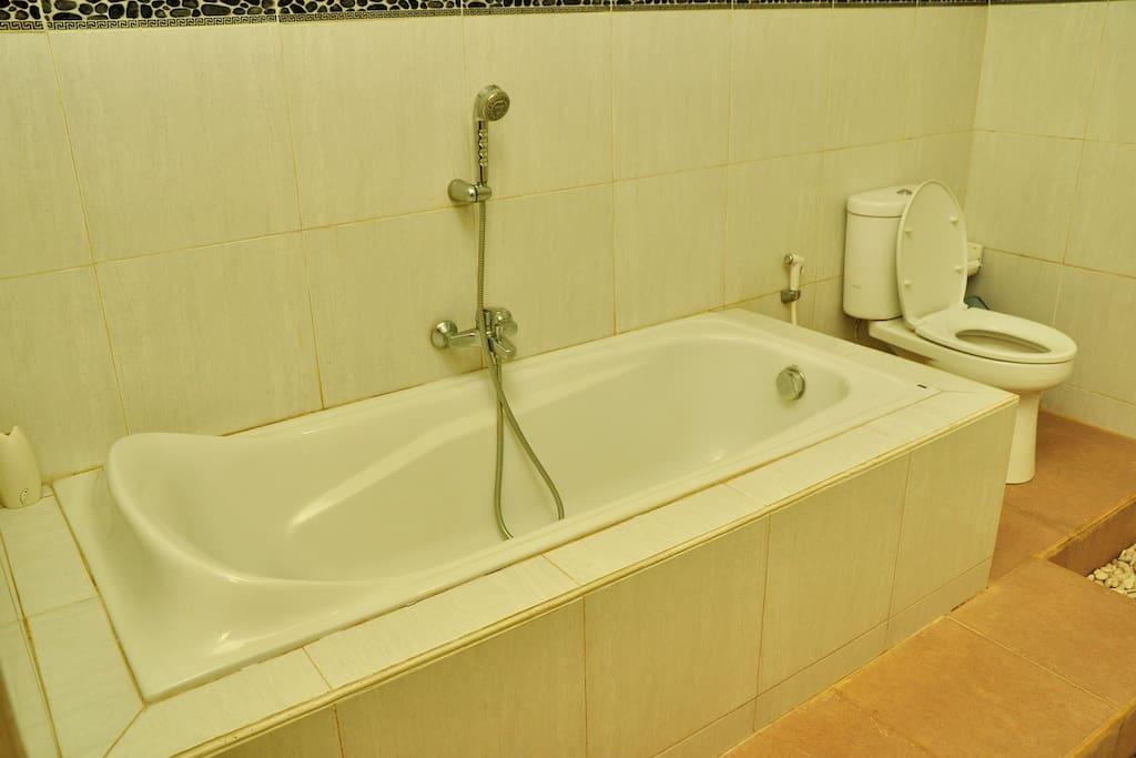 Bathroom - Bath Tub