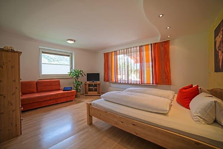 Ferienwohnung - 200 m² Wellnessoase - Neukirchen am Großvenediger - Apartment