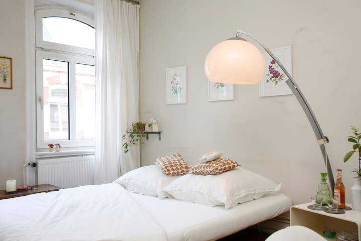 Room in the middle of Schanze - Hamburgo - Departamento