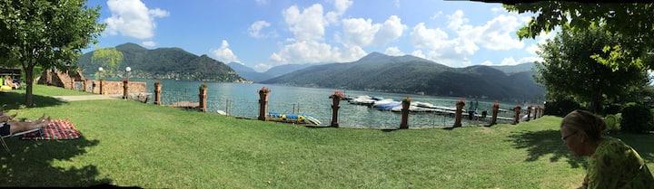 Ferienhaus mit Palmengarten direkt am Luganer See