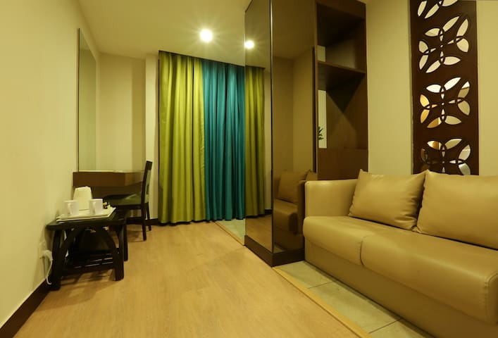 A Cozy Rooms With Amenities (WC-28) - 古瓦哈提(Guwahati) - 連棟房屋