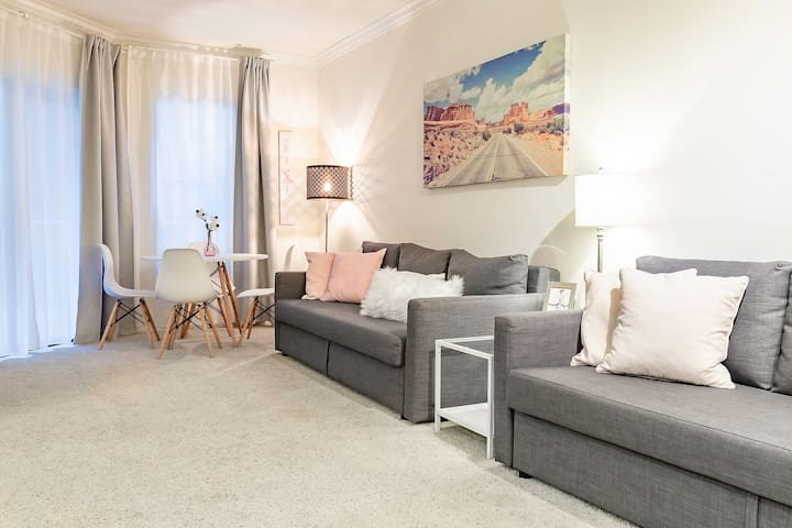 Angel City | Brand new spacious Apartment
