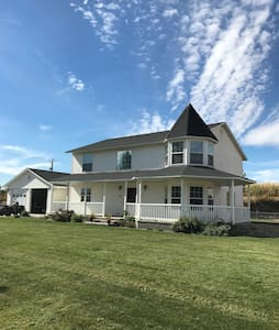 Nice county home on 5 acres! - New Plymouth