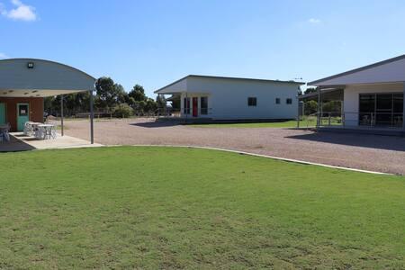 Murrayview Park Cabin 3