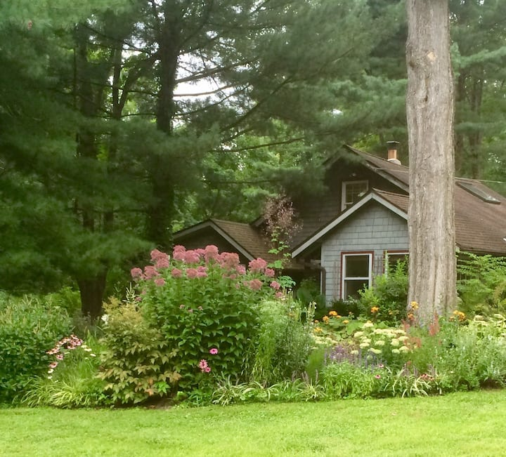 Lower Hudson Valley Retreat 60 miles North of NYC
