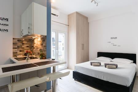 Beautiful apartment in Koukaki, Central Athens