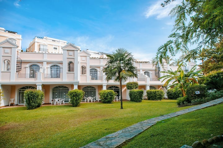 2 BR Townhouse in Aloha Gardens walking distance to Restaurants, Bars and Shops 23
