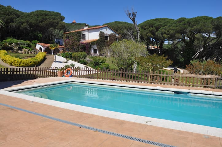 CAN GREGORI (pool and nature) Close to Barcelona