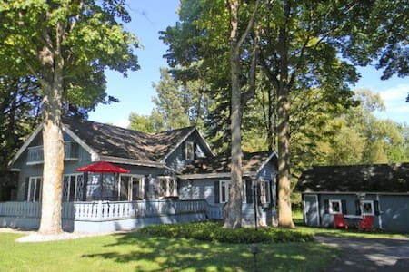 Family Friendly Retreat in the Heart of Sister Bay