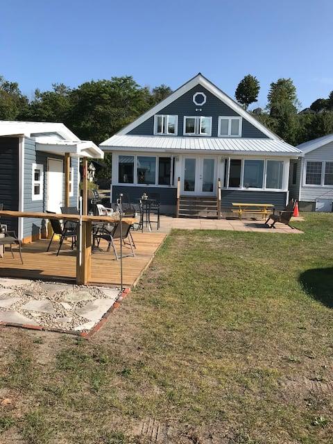 Private Beachfront Spacious Cottage