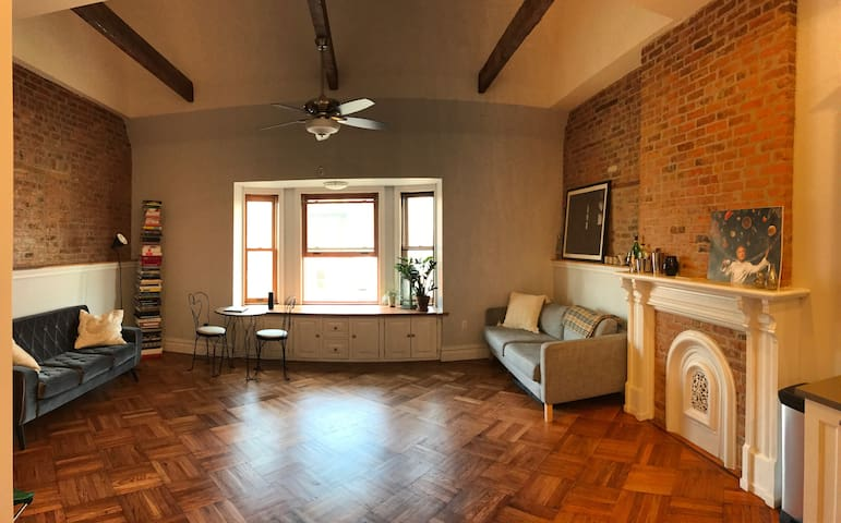 4 stops to manhattan, central Brooklyn brownstone - 布魯克林 - 公寓