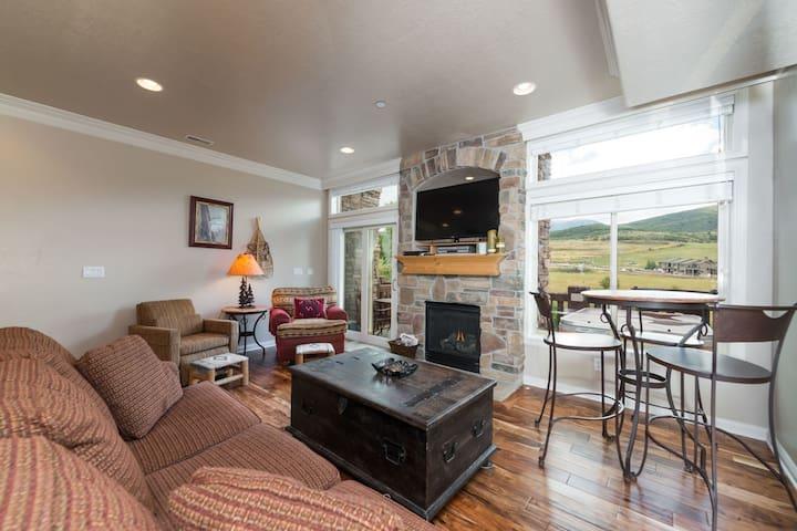 1 Bedroom Vacation Condo - Huntsville, Utah Lodging near Snowbasin Resort