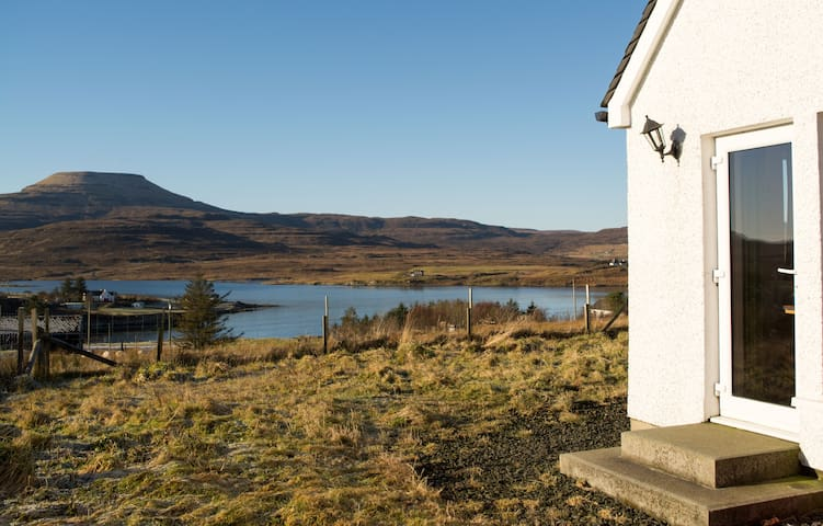 Knana Lodge - Beautiful Views - Dunvegan - Huis