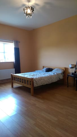 Bright, spacious bedroom with double bed (optional space for second bed)