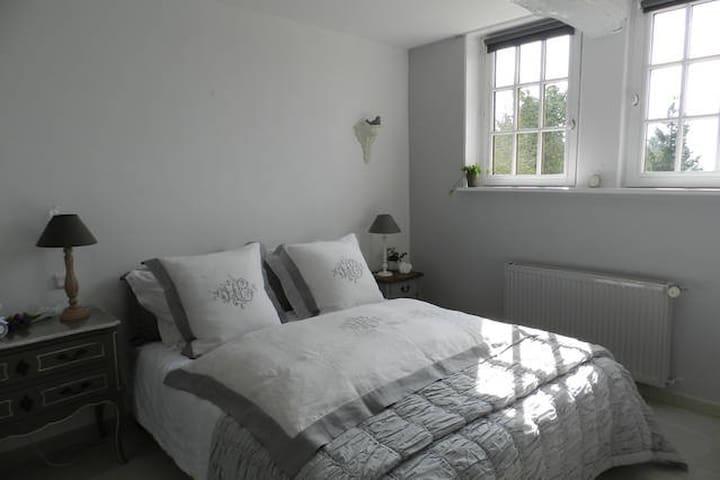 chambres d'hôtes Le Pressoir - Beuvron-en-Auge - Bed & Breakfast