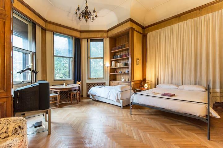 2 rooms in elegant villa for 10  - Milão - Casa
