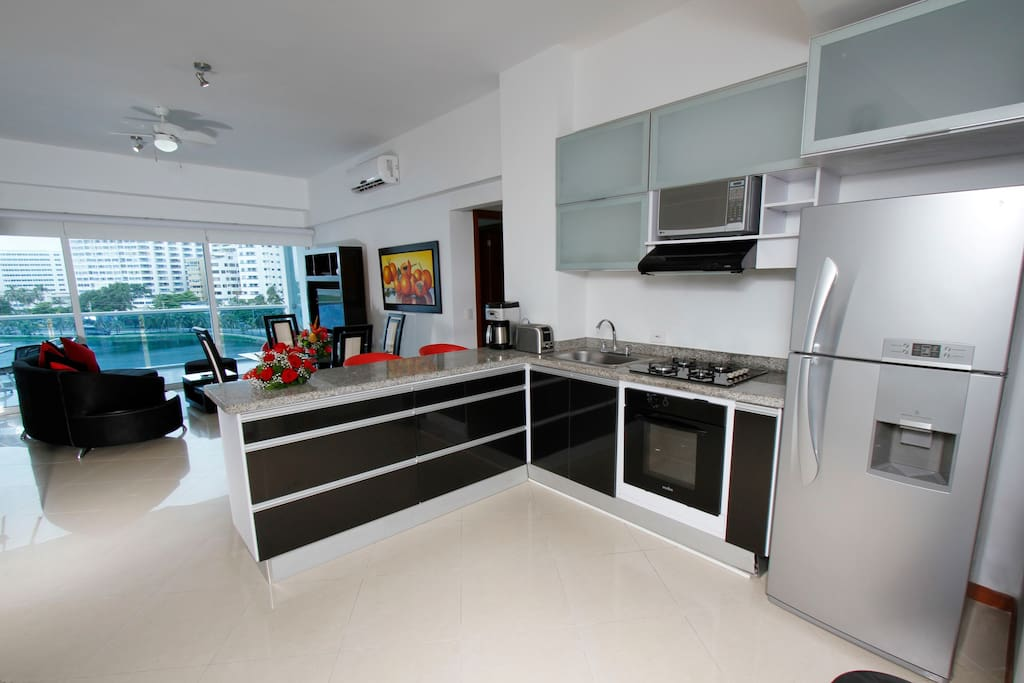 Fully equipped Modern Ample Kitchen