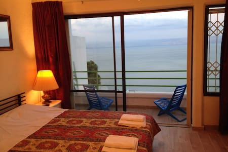 Bardo -Panoramic Sea View apartment - ทิเบอเรียส