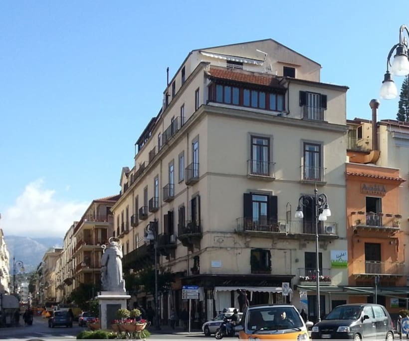Piazza Tasso B&B in the heart of Sorrento !