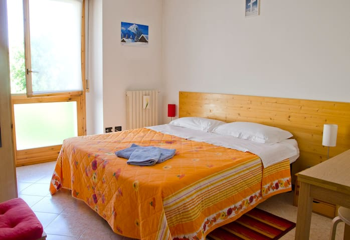 il pellegrino bed and breakfast - Fiorano - Bed & Breakfast