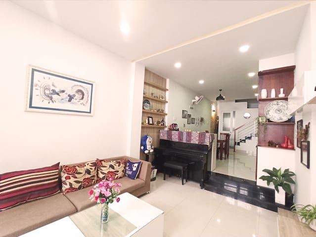 Linh's house - Spacious, modern, newly innovated