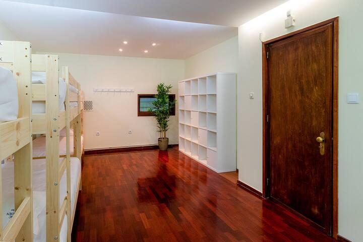 ✪ Comfortable Spacious Dormitory   Casa da Música