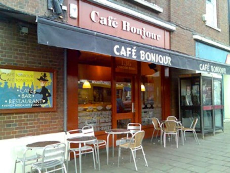 Local cafes in Headington Area nearby